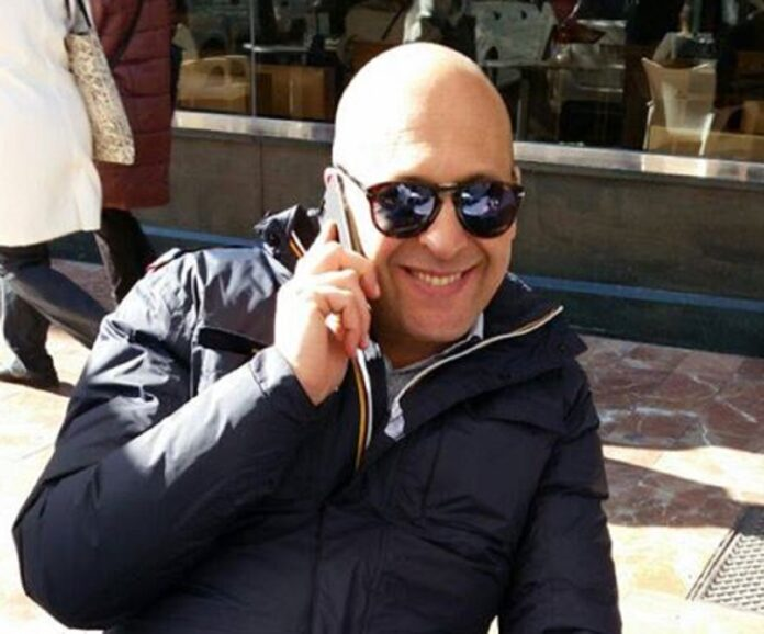 Cava, la proposta di Gianpio De Rosa: gratis stalli di sosta blu per installare sedie e tavolini dei bar