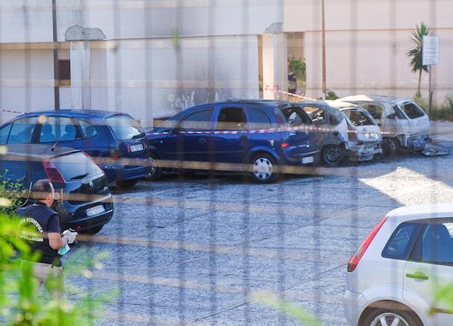 Cava, auto incendiate nella notte a San Pietro