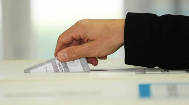Cava de' Tirreni, tornata elettorale da 450 candidati