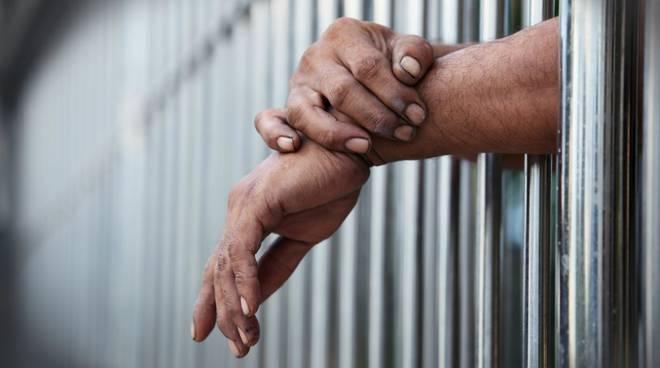 Cava de' Tirreni, sciopero della fame dell'ergastolano: l'ex boss rischia la morte