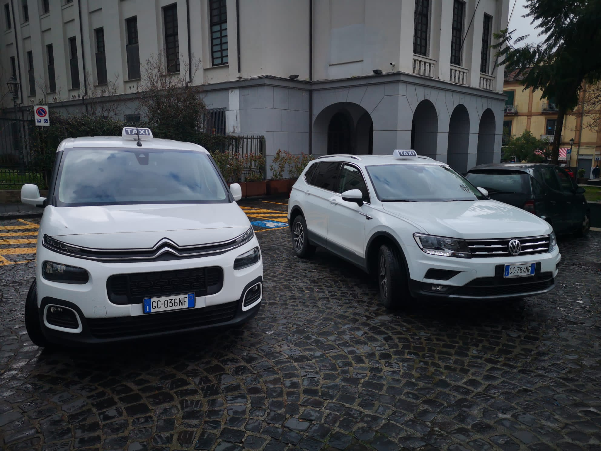 CAVA DE' TIRRENI: Al via il neo servizio TAXI.