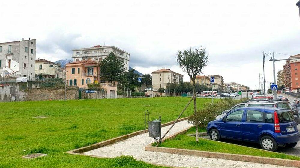 Nuovo boulevard alberato a Cava, apre il cantiere: si cercano nuovi parcheggi