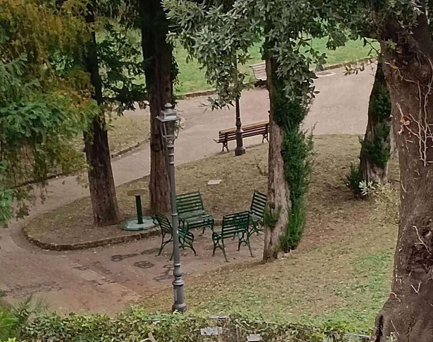 """Cava de' Tirreni, Italo Cirielli su Villa Rende: """"Degrado e spaccio, intervenga il Comune"""""""